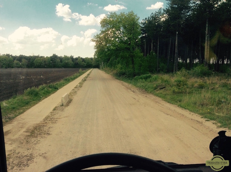 Avoiding Belgian toll - dirt road