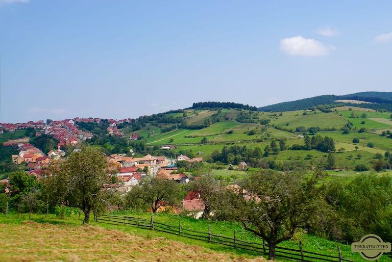 pitoresque-town-romania-terratrotter